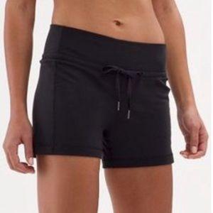 "Lululemon ""knock out shorts"" solid black"
